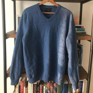 Club Room V-neck 100% Cashmere Sweater